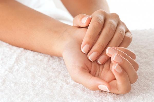 Как вылечить грибок на ногтях народные средства