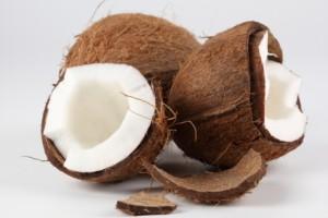 kokosovoe-maslo-dlya-detej