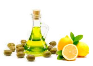 ванночка для ногтей с лимоном и оливковым маслом