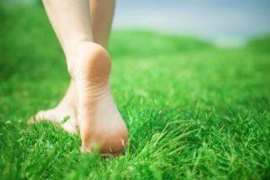 Как избавиться от трещин на пятках быстро в домашних условиях
