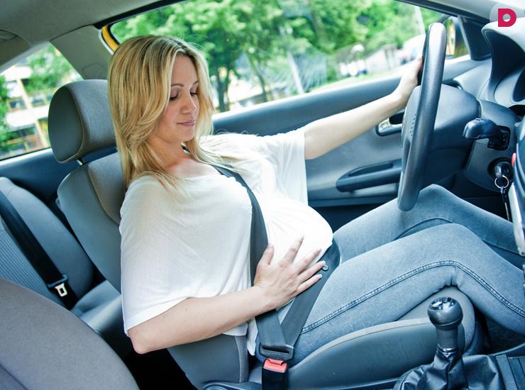 Что нужно учитывать будущей маме управляя транспортным средством?