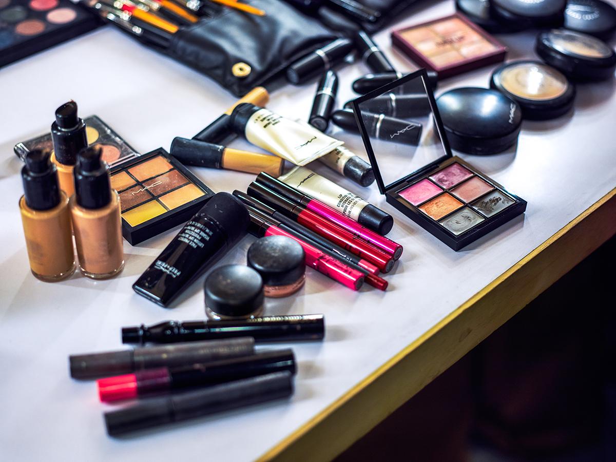 Купить онлайн профессиональную косметику avon двухфазная сыворотка спрей отзывы