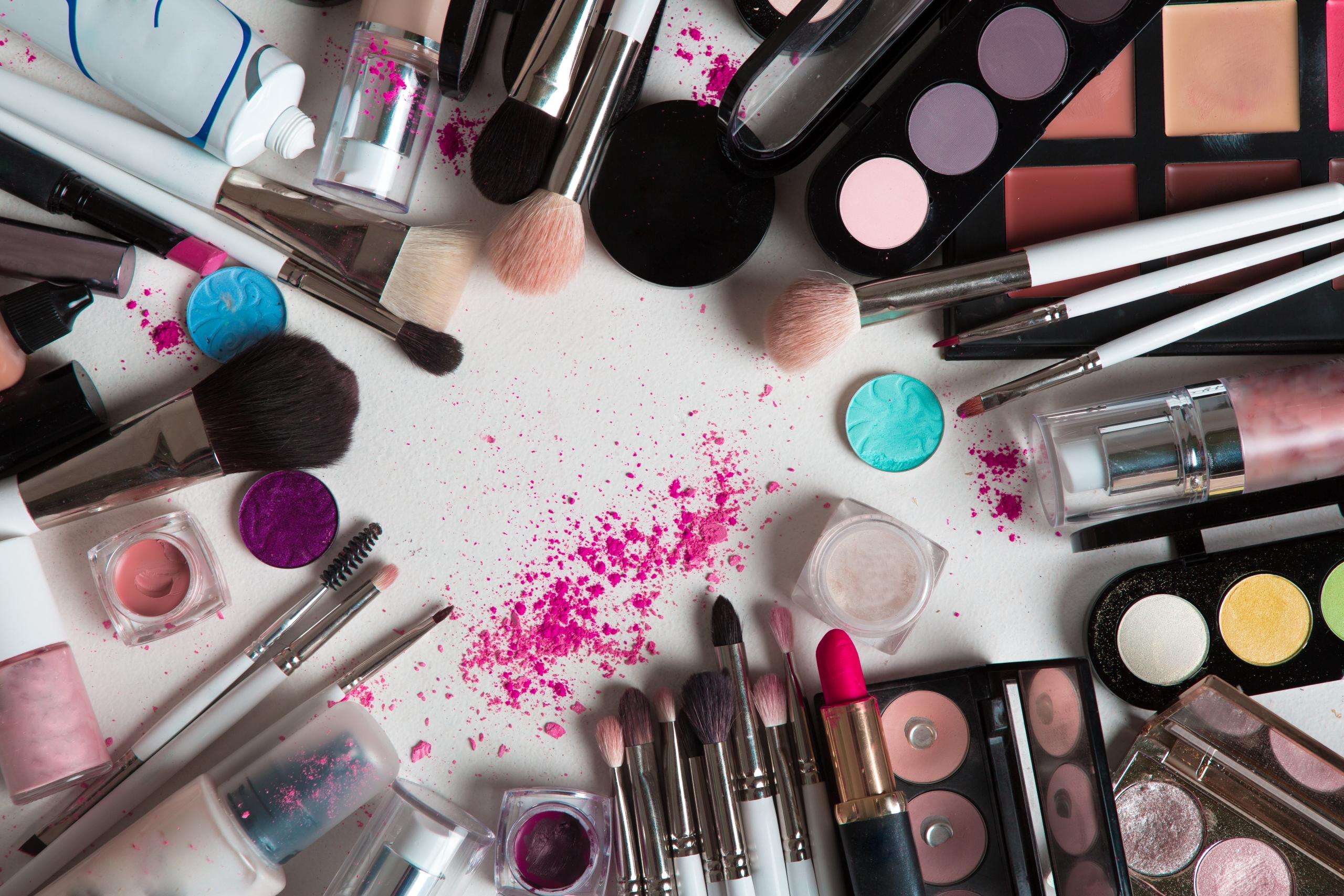 Преимущества приобретения косметики оптом