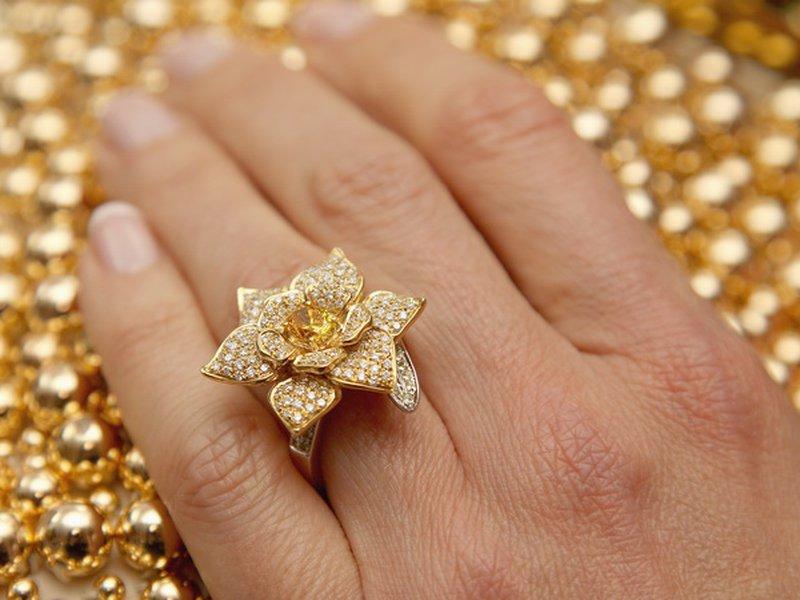 Как влияют золотые украшения для человека