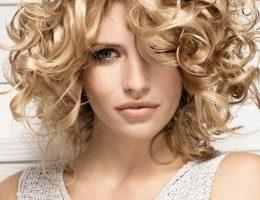 Миниатюра к статье Как восстановить волосы после осветления