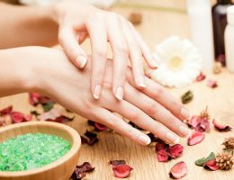 Миниатюра к статье Ванночки с морской солью для ногтей