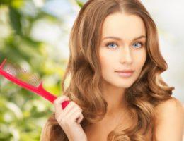 Миниатюра к статье Как остановить выпадение волос у женщин и увеличить их густоту