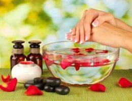 Миниатюра к статье Ванночки для ногтей в домашних условиях для роста и укрепления