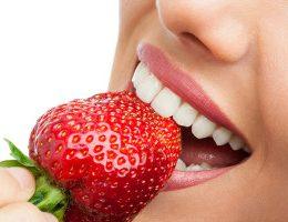 Миниатюра к статье Отбеливание зубов в домашних условиях